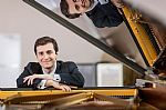 Kenny Broberg - Award Winning American Pianist for One Night Only